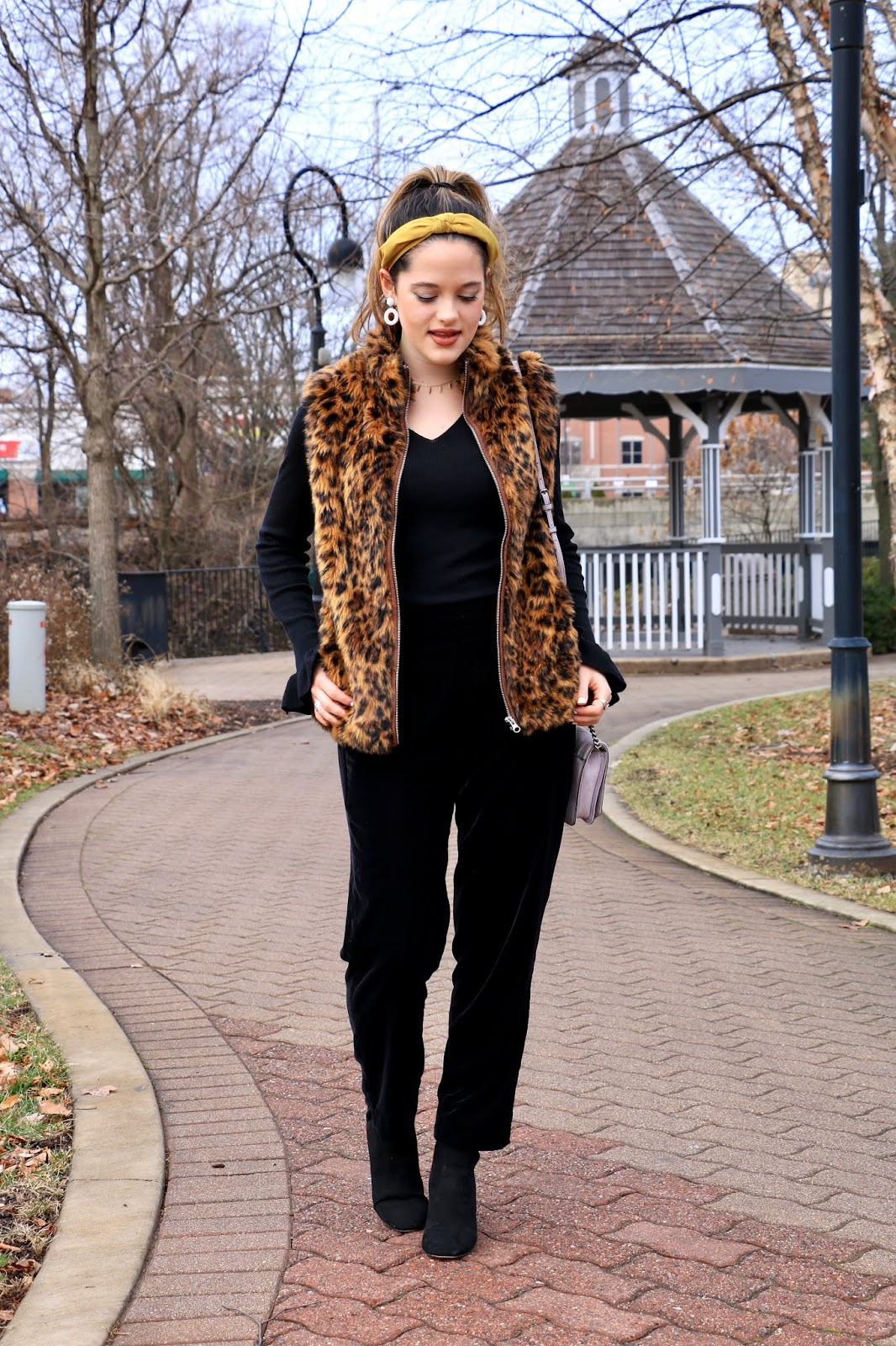 Nyc fashion blogger Kathleen Harper's 2019 winter outfit idea