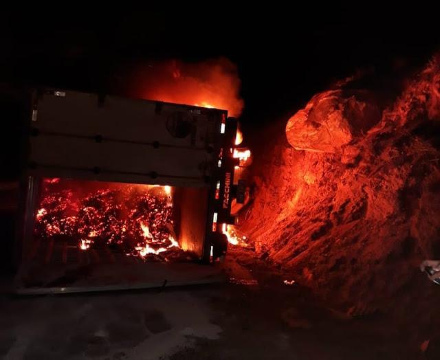 Por conta do fogo, documentos da vítima foram destruídos (Foto: Reprodução/Blog Jequié Repórter)