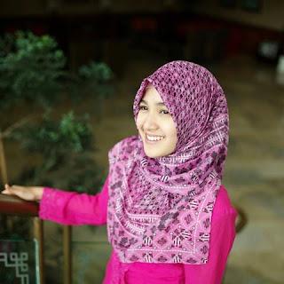 Fakta Biodata dan Foto Artis Cantik Cut Syifa Berhijab