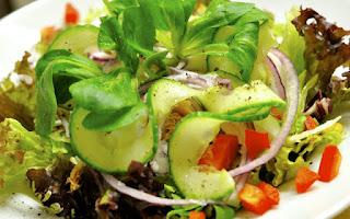 En tu dieta debes incluir frutas y verduras