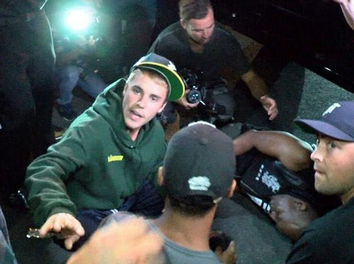 Justin Bieber On Injury With A Photographer While on Drive