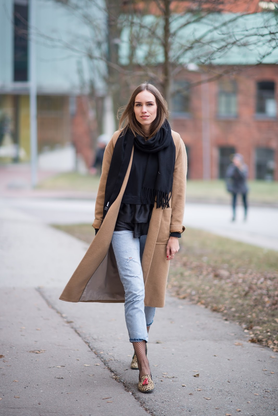acne scarf camel coat minimalist outfit