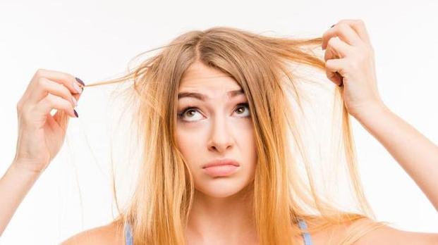 Penyebab Rusaknya Rambut Tanpa Sadar