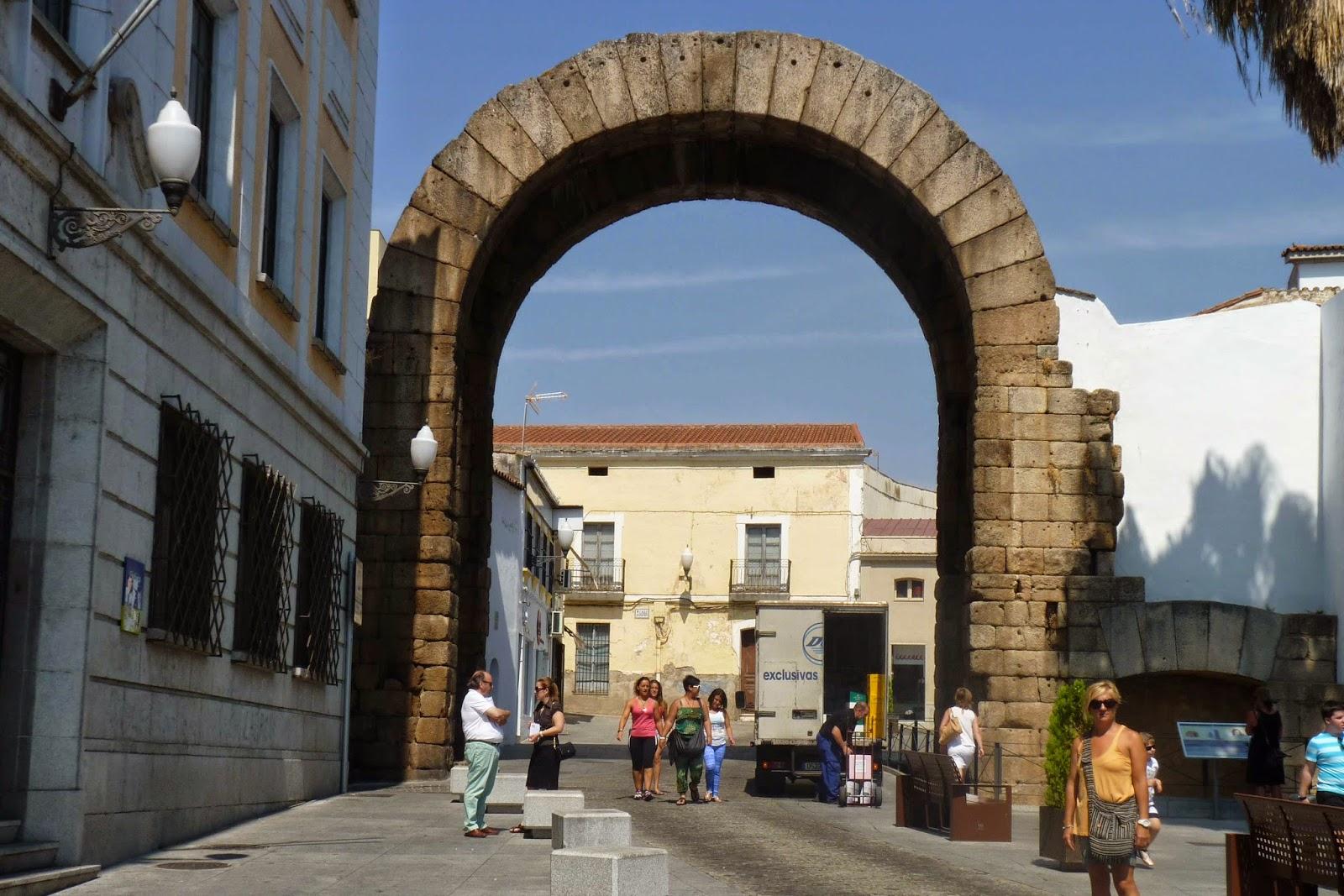 Mérida, Arco de Trajano.