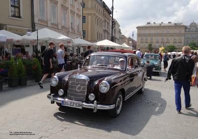 Mercedes-Benz W180