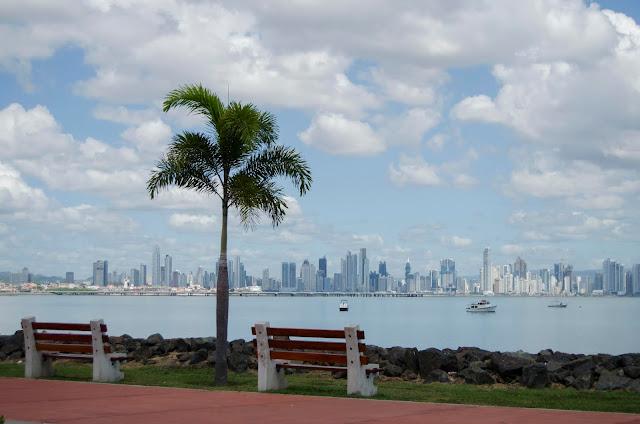 Amador Casuaway; Panama; Panama CIty; Ocean