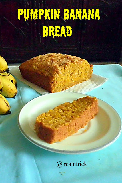 Pumpkin Banana Bread Recipe  @ treatntrick.blogspot.com