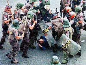 Contoh Kasus Berita Pembunuhan Di Indonesia Contoh Pelanggaran Ham Di Indonesia >> Terbaru 2016 Parepare Kotaku Contoh Kasus Kasus Pelanggaran Ham Di Indonesia