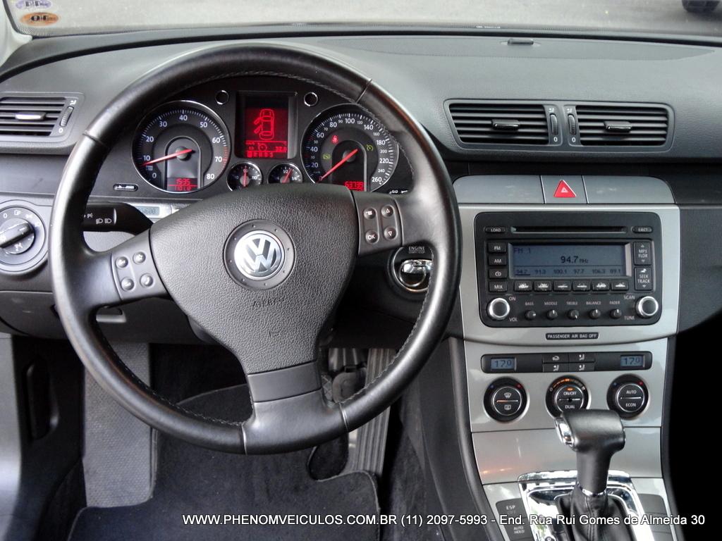 [Image: VW-Passat-FSI-2006-painel.JPG]