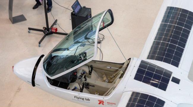 Pesawat tenaga surya Rusia