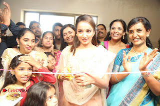 Anoos Franchise Salon and Clinic Launch 0064