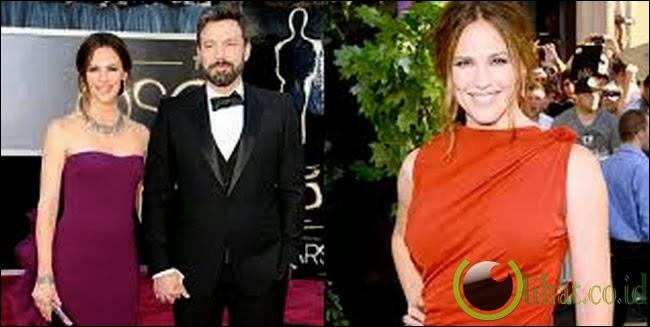 Jennifer Garner Memiliki Jari Kaki Berantakan