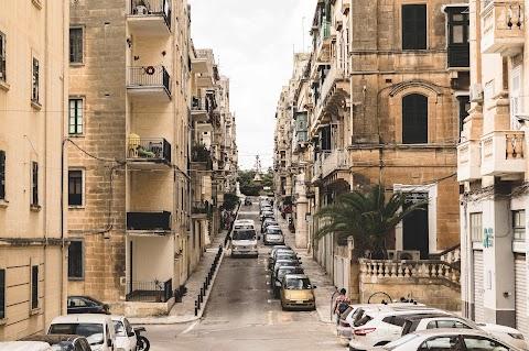 Malta - wypożyczenie samochodu i ruch lewostronny
