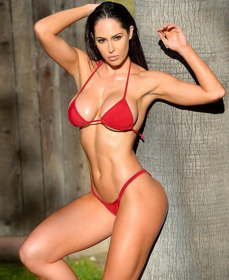 fitness model Hope Beel motivation