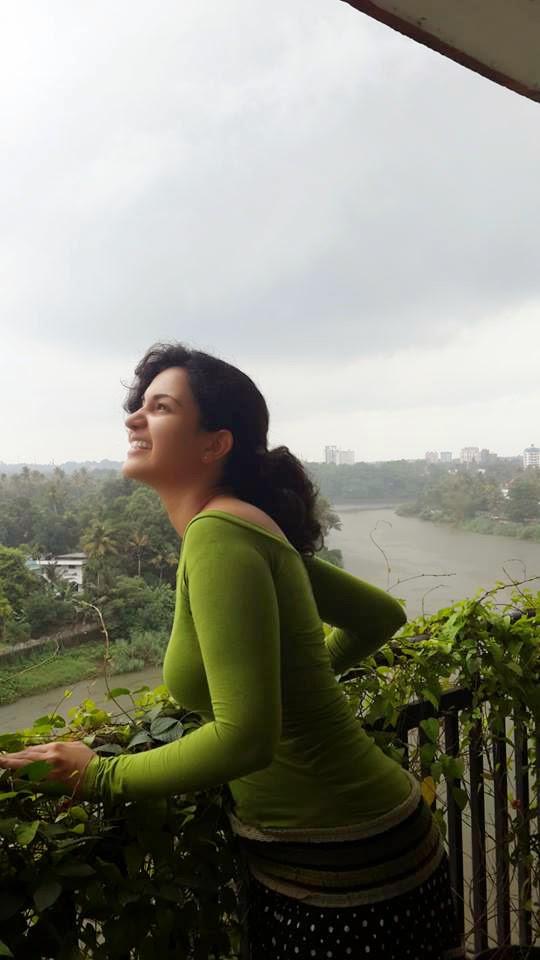 Honey Rose mallu actress hot photo gallery