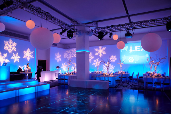 Loft Style Wedding Venues Are Like Blank Canvas That Allows You To Create A Truly Memorable Event Experience Maybe Re Modern Bride But Don T Want