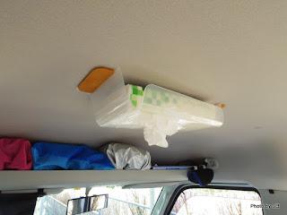 天井ティッシュボックス
