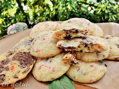 Ciasteczka z czekoladą na wzór amerykańskich chocolate chip cookies (z mąki amarantusowej)