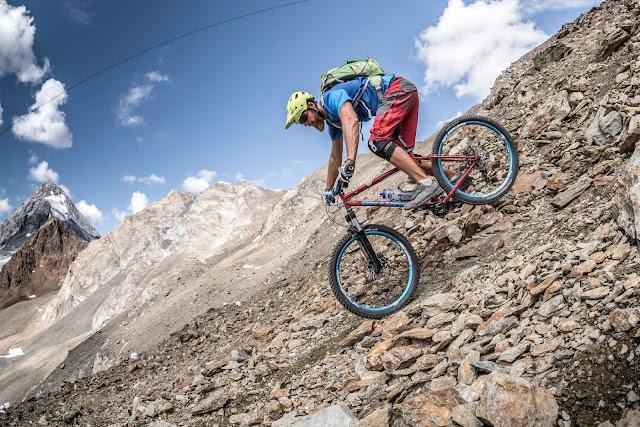 Downhill Bormio 3000 Mountainbike