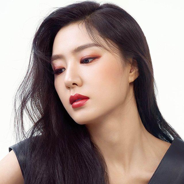 Seo Ji-hye Photos