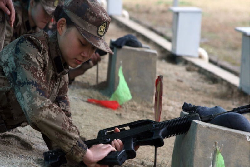 Female Warriors of People's Liberation Army (PLA ...