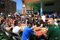 comida multicultural organizada por la asociación de vecinos de Rontegi Mendialde