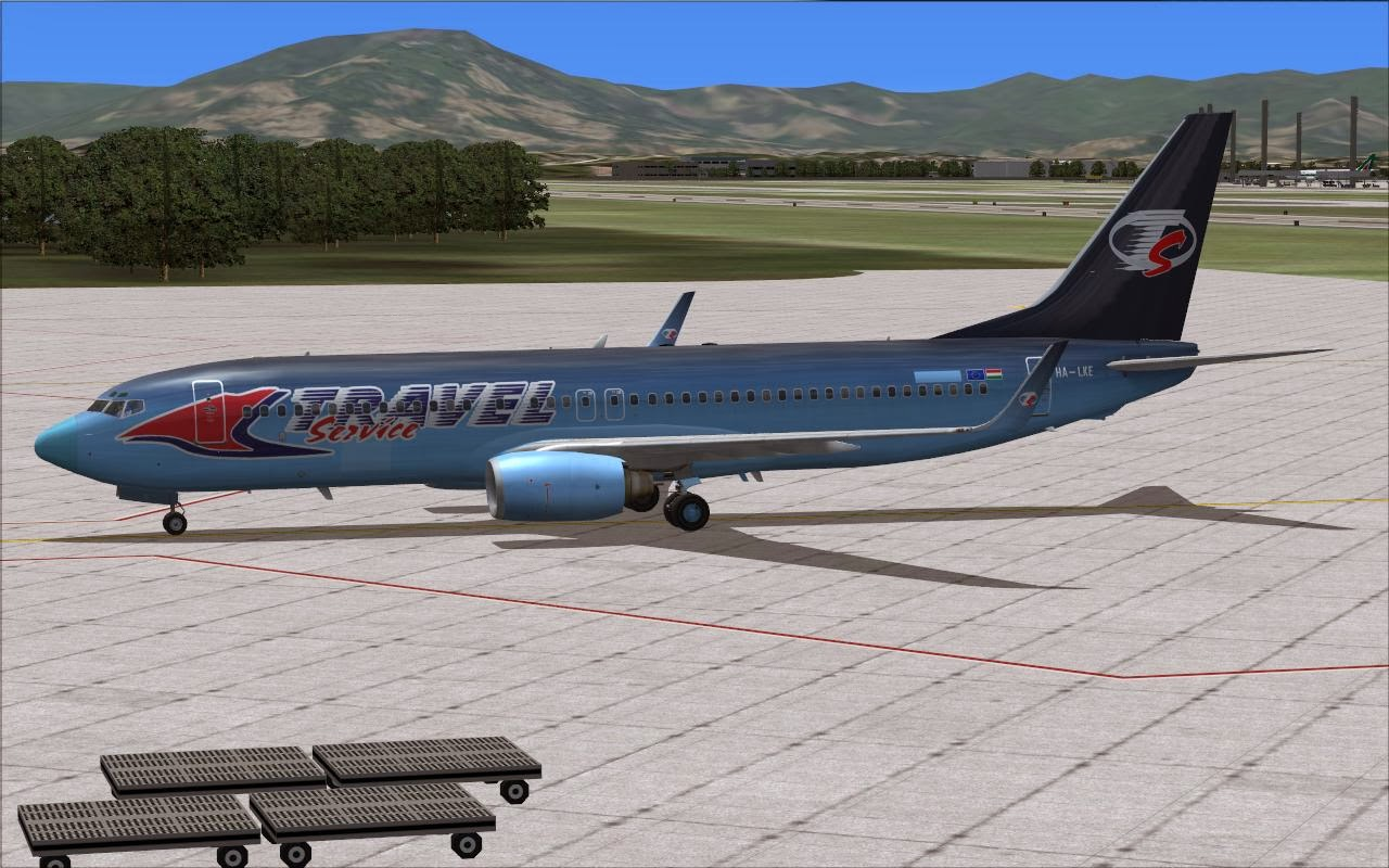 FS2004 REPAINTS: TDS 737-800W Travel Service Hungary HA-LKE / LKG