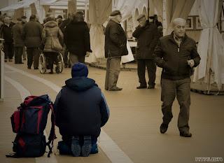 soledad entre la multitud