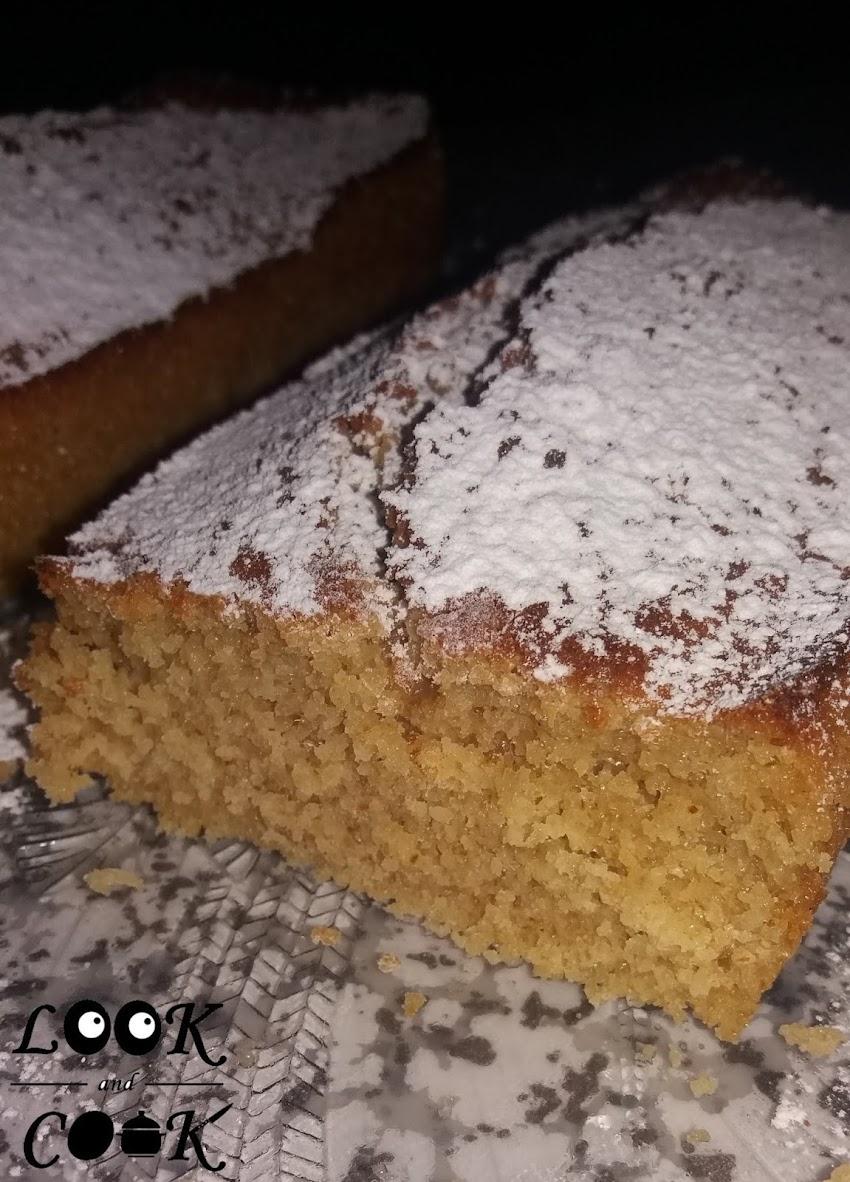 Κέικ με βρώμη και λεμόνι