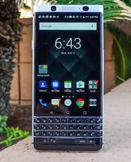 Handphone Blackberry KeyOne
