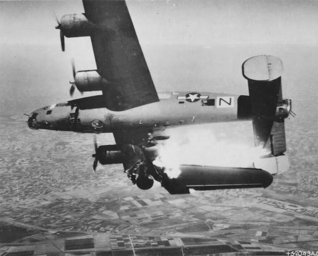 B-24 Liberator Perfectly Timed Photo worldwartwo.filminspector.com