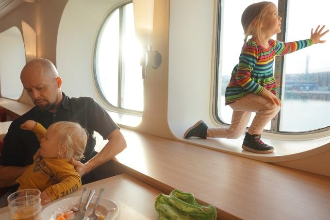 Lasten kanssa risteilemässä Helsingistä Tukholmaan / Silja Serenade