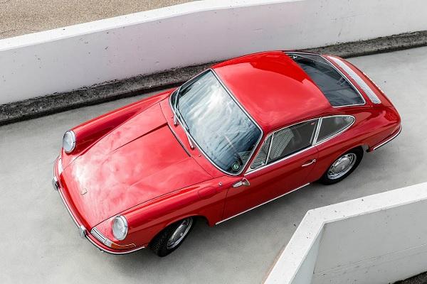 Porsche 911 901 restaurado