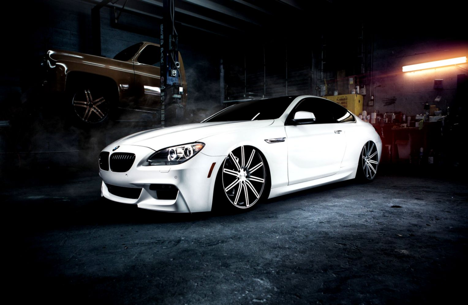 Bmw M6 White Car Garage Hd Wallpaper Joss Wallpapers