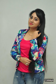Anchor-Ashwini-Stills-at-Iddaram-Movie-Audio-Launch