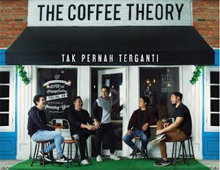 "Abdul & The Coffee Theory Kembali dengan Single Baru ""Tak Pernah Terganti"""