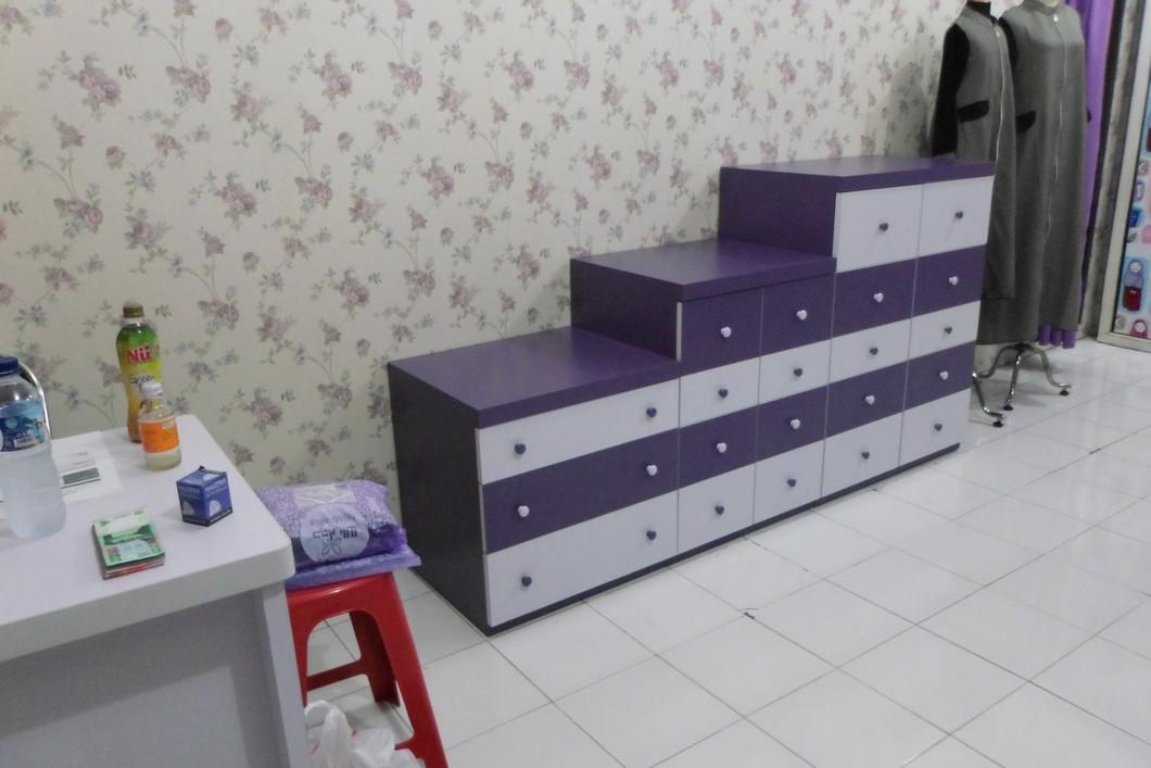 Lemari Storage Toko Pakaian Unik Furniture Semarang