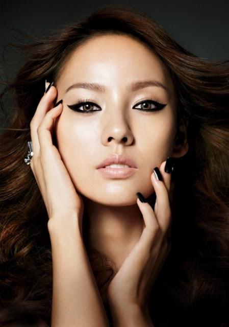 Lee Hyori - sếp hạng 1 về đôi môi đẹp