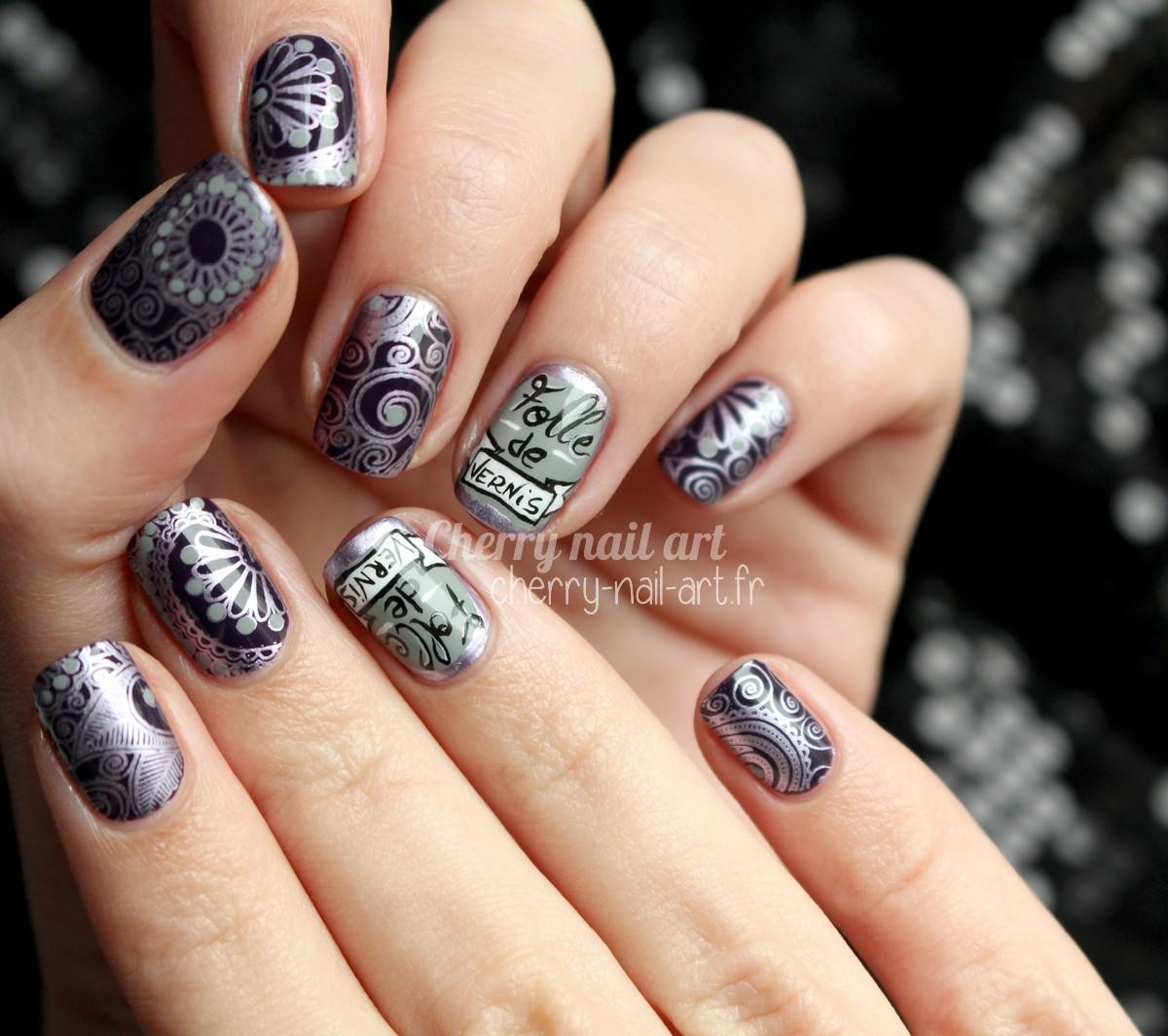 nail-art-écriture-folle-de-vernis-stamping