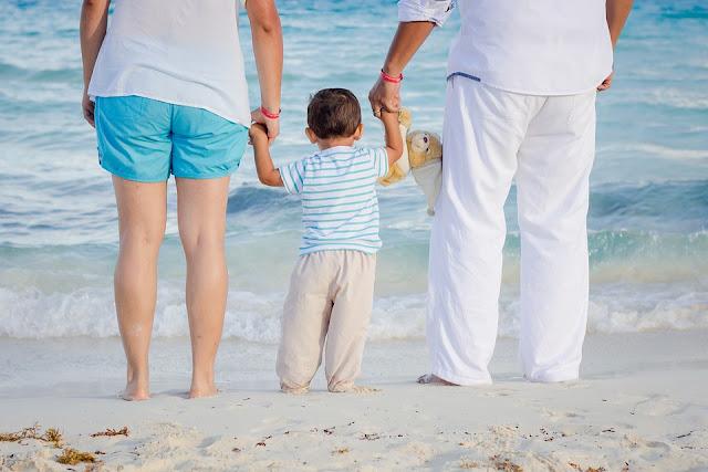 Wakacje z dziećmi - jak wypocząć i nie zwariować