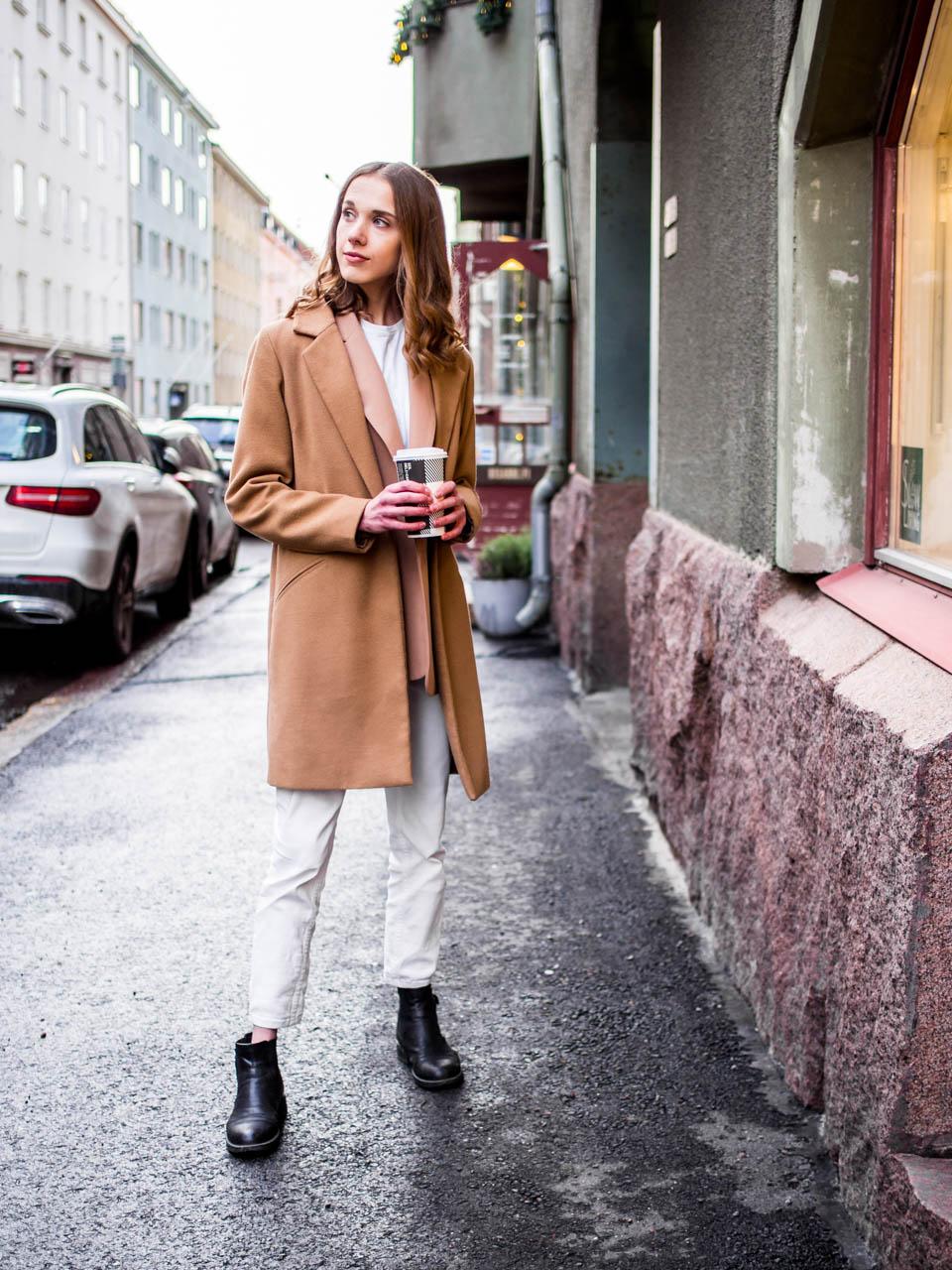 Streetstyle with coffee - Muoti, tyyli, muotibloggaaja, Helsinki, kahvi