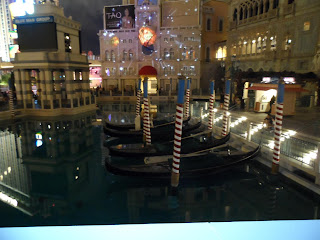 Canal na parte externa do hotel The Venetian