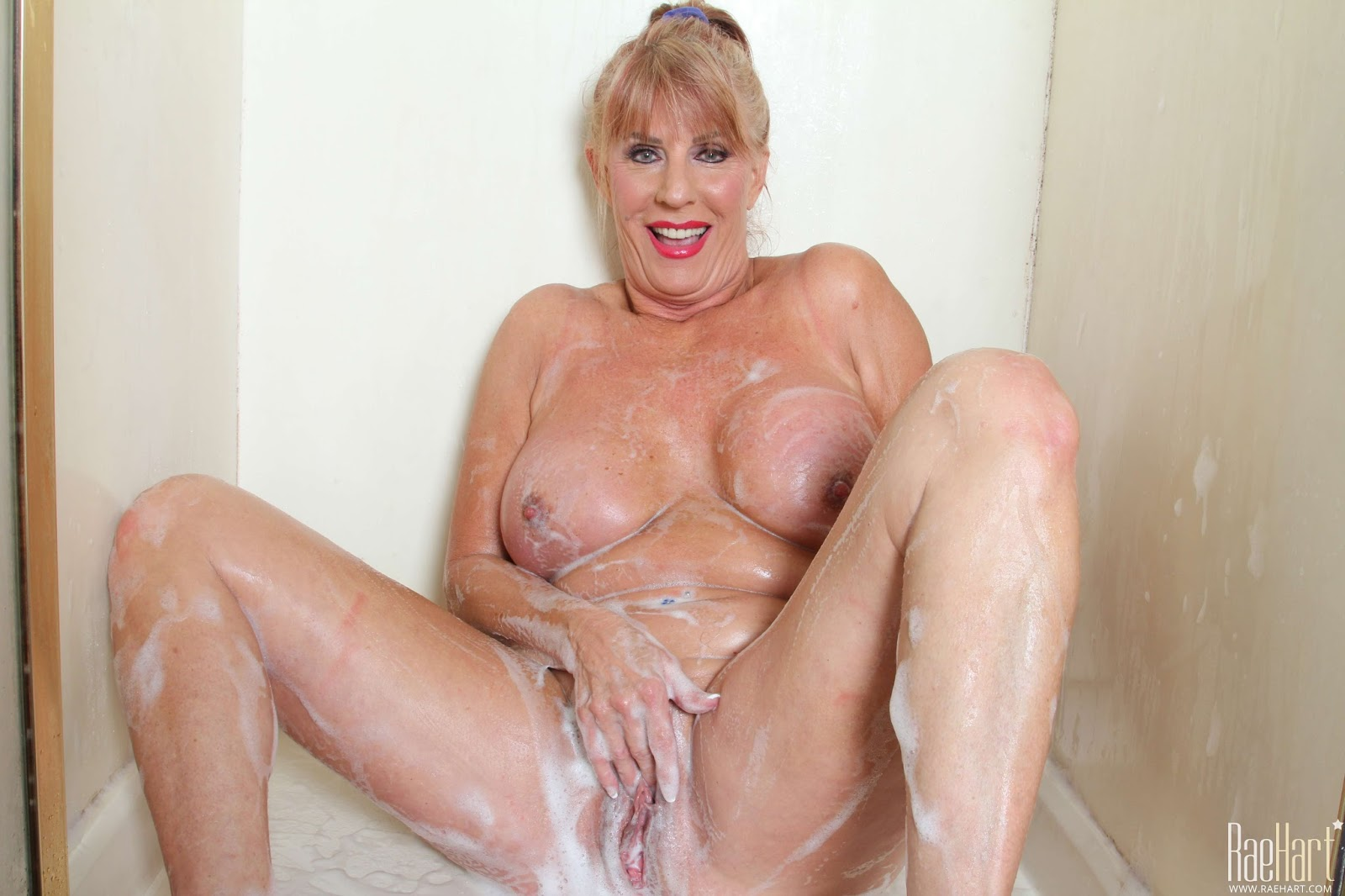 Sexy Mature Ladies Pics