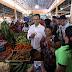 Sihar Diarak di Pasar Sidikalang, Wanita Ini Buat Iri Pedagang