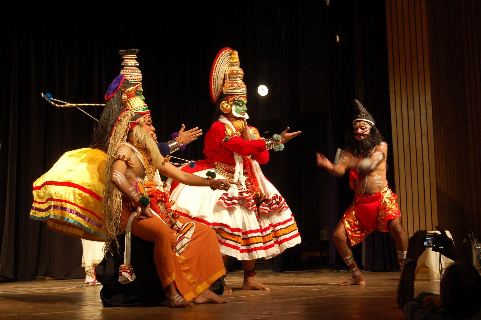 Kerala Holidays 4 U Kathakali Malayalam കഥകളി Sanskrit