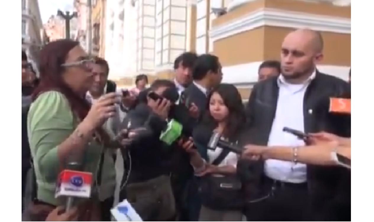 Nuñez del Prado increpó a Poppe-Inch la pasada semana en la Asamblea Legislativa