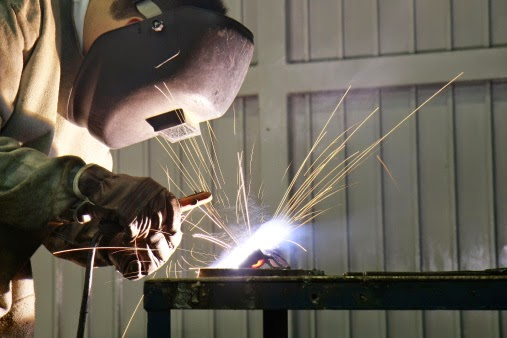 Kausben: Metalúrgicos - Entenda esta profissão.