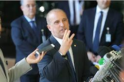 """Onyx Lorenzoni: """"Ministro do Turismo não será demitido, por enquanto"""""""