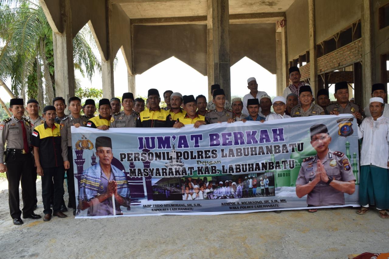 Jum'at Berkah di Mesjid Badaruddin, Jalan Bendahara Perumahan Raja Habib, Lingkungan Sibuaya Kelurahan Sioldengan, Kecamatan Rantau Selatan - Labuhanbatu