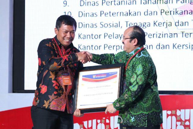 Satu-satunya di Aceh, Kabupaten Aceh Tengah Terima Penghargaan Ombudsman RI